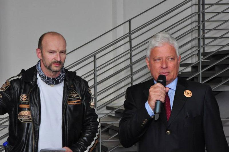 Frank Böer und der Geschäftsführer (c) Ernst Ernie Scheiner